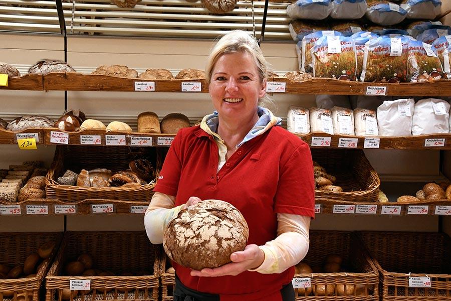 Bäcker in Arnbruck im nahkauf Gruber
